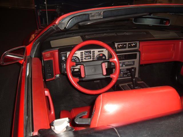 Pontiac Fiero Convertible: Dash.